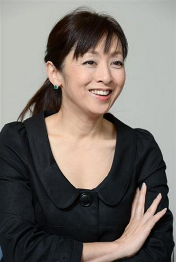 秋元 康 の 奥さん